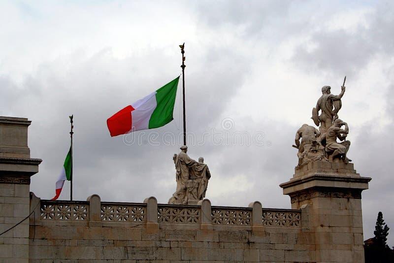 Bandierina italiana in piazza Campiodoglio immagine stock libera da diritti