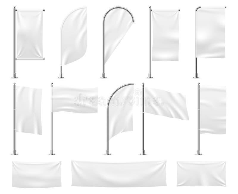 Bandierine bianche impostate Modello d'ondeggiamento vuoto di vettore della bandiera di pubblicità della spiaggia dello stendardo illustrazione vettoriale