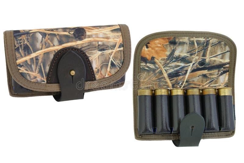 Bandoleras de la munición de la munición del rifle del cazador con los cartuchos imagen de archivo