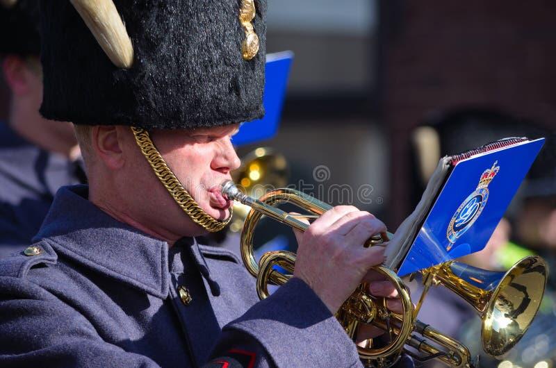 Bandsman RAF играя корнета стоковое изображение