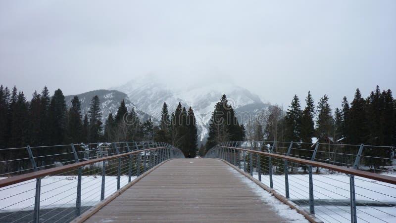 Banff-Brücke lizenzfreie stockfotos