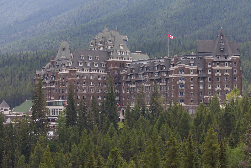 Banff-Frühlings-Hotel lizenzfreie stockfotografie