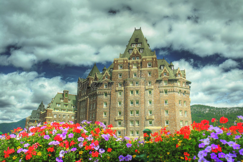banff hotelu wiosna obraz royalty free