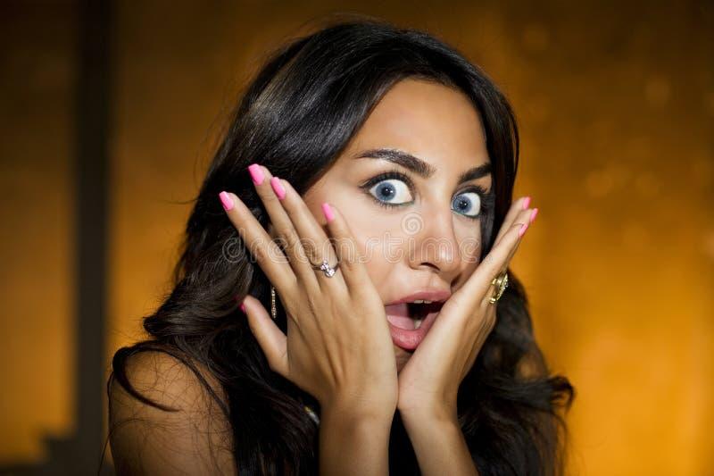 Bang gemaakt meisje/van de Close-up portret van verrast royalty-vrije stock fotografie