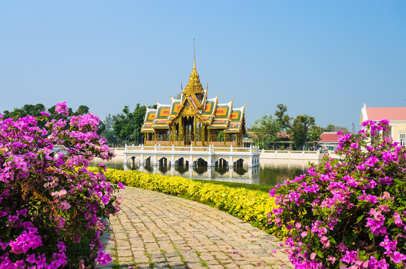 Download Bang-Pa-In stock photo. Image of historic, landscape - 32543398