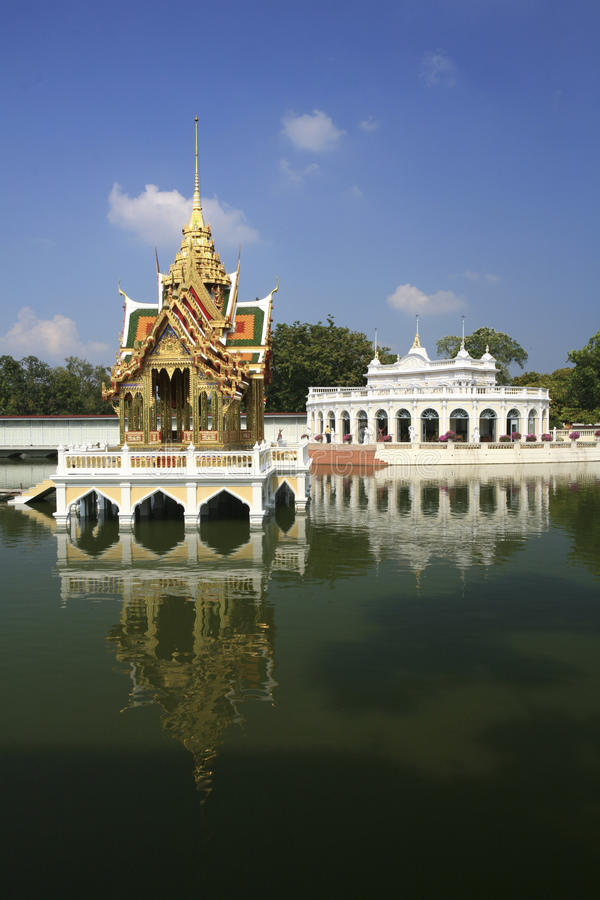 Download Bang Pa-In Royal Palace - Ayutthaya, Thailand Stock Image - Image: 28844497