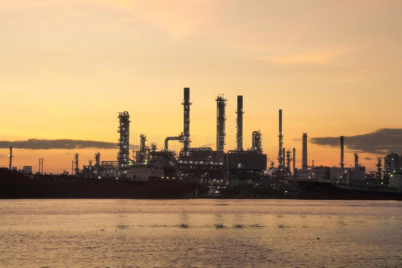 Bangchak Petroleum's olieraffinaderij, district Phra Khanong, Bangkok, Thailand stock fotografie