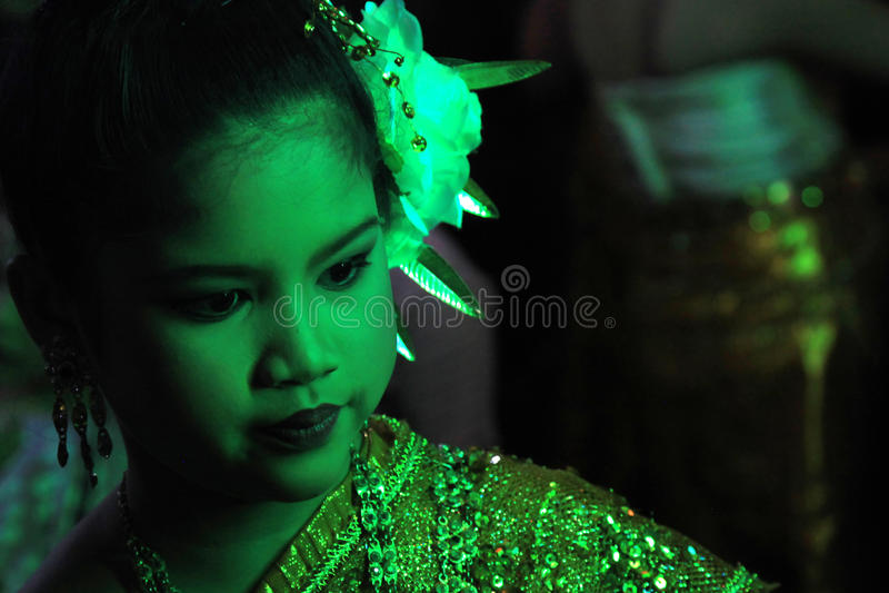 BANGKOK - 5 DE DICIEMBRE: Birthday Celebration de rey - Tailandia 2010 fotos de archivo