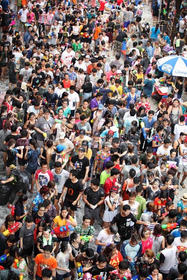Bangkok 15 aprile: Il festival di Songkran alla strada di Silom, Bangkok, è immagini stock libere da diritti