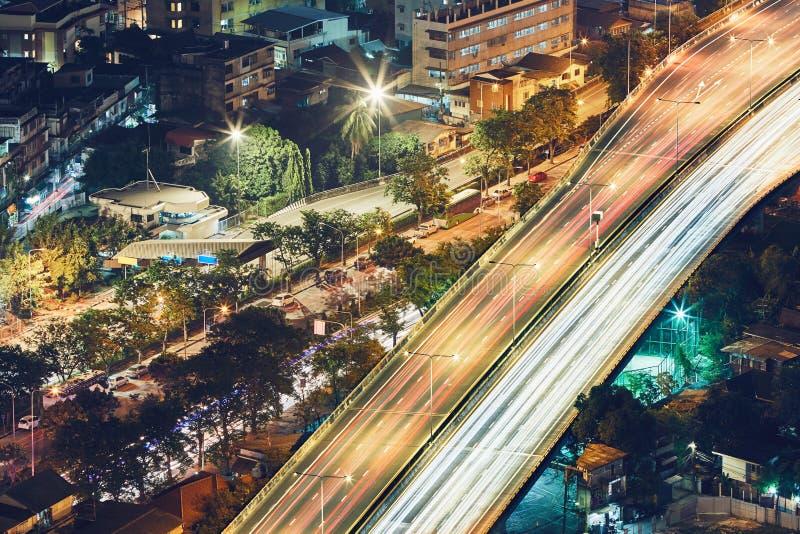 Bangkok bij de nacht royalty-vrije stock afbeelding