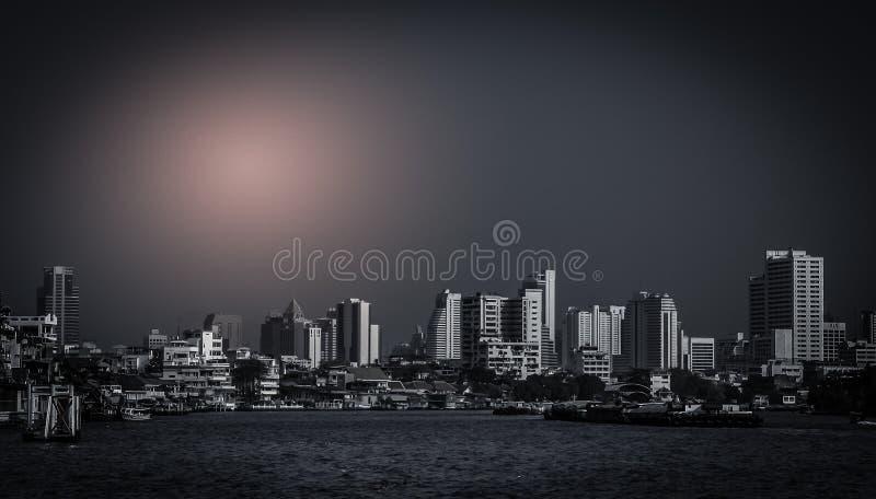 Bangkok bij nacht royalty-vrije stock afbeelding