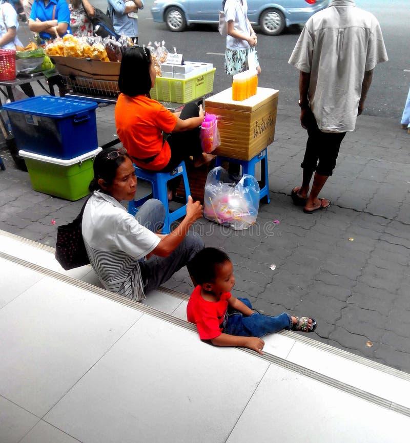 Bangkok in de avond royalty-vrije stock foto's
