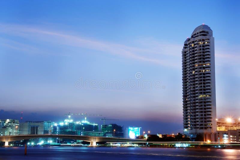 Bangkok en la noche fotografía de archivo libre de regalías