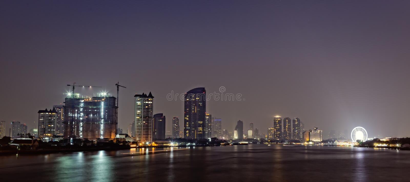 Download Bangkok In Evening, Reflection Of Buildings In Water Stock Image - Image: 29009125