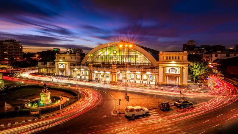 Bangkok järnvägsstation som inofficiellt är bekant som Hua Lamphong Stati royaltyfri fotografi