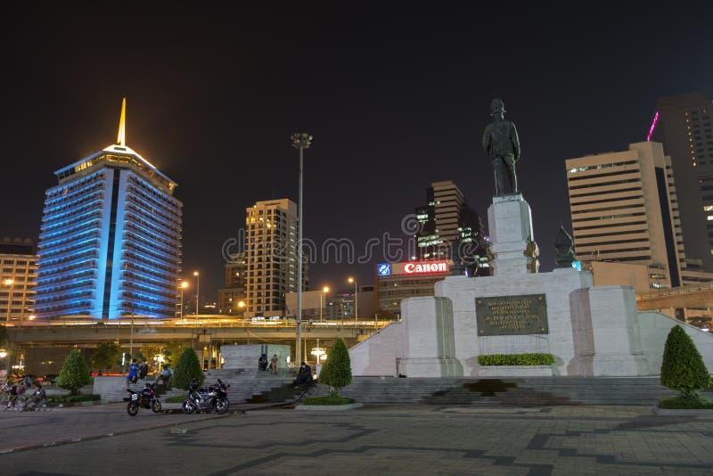 BANGKOK - 11 juli: mening van lumpinipark in abngkok Thailand, Lum stock foto