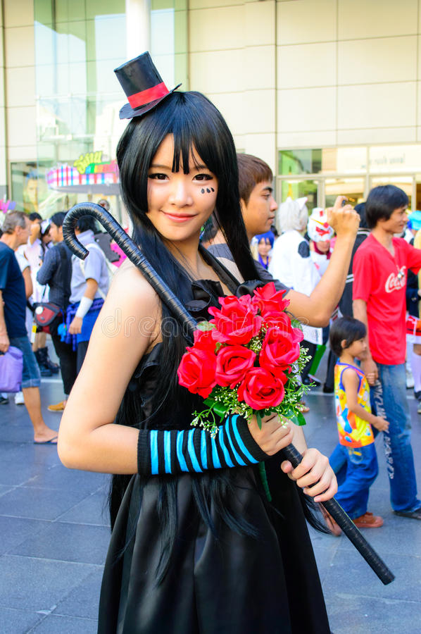 An unidentified Japanese anime cosplay pose.