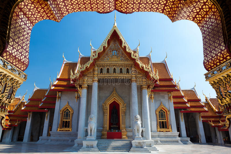 bangkok marmortempel arkivfoton