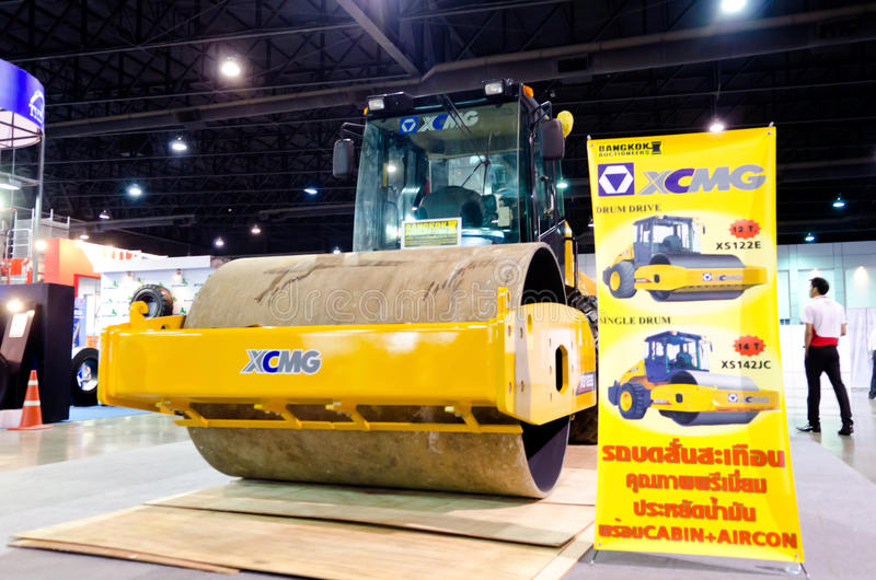 Download BANGKOK - September 21 : XCMG XS 122E Heavy Vibration Roller On Editorial Stock Photo - Image: 33959003