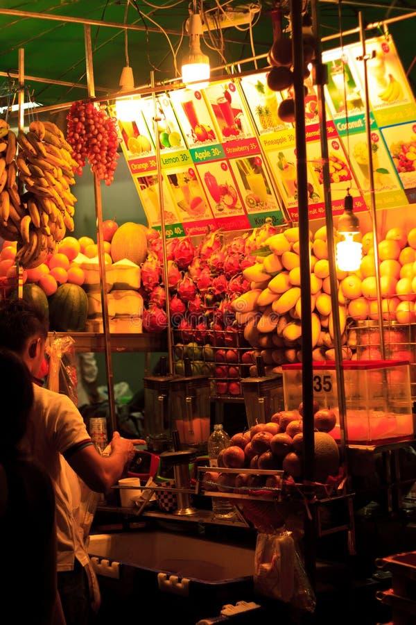 Bangkok, smoothie maker Streetfood royalty-vrije stock fotografie