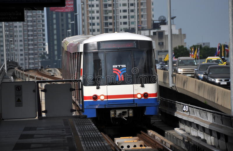 Bangkok, Tailandia: BTS Skytrain imagenes de archivo