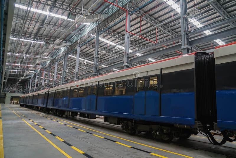 Bangkok/Tailandia - 25 de abril de 2019: Tren de cielo eléctrico del BTS en el terminal para el período del mantenimiento imagen de archivo
