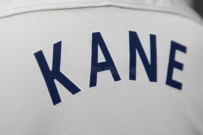 BANGKOK, TAILANDIA - 4 DE AGOSTO: El nombre de Harry Kane en Tottenha foto de archivo