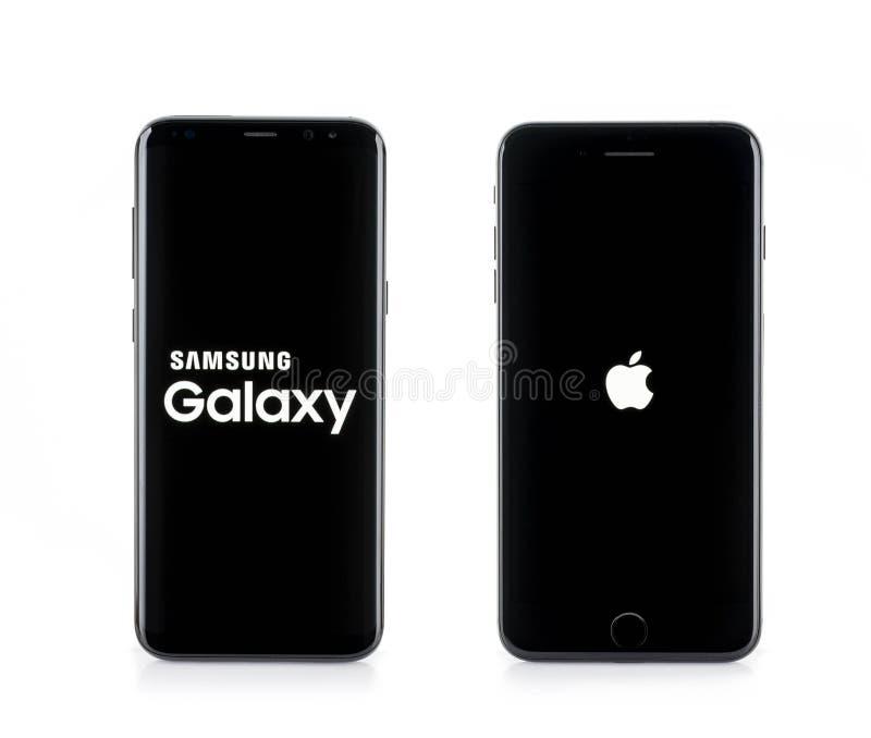 BANGKOK, TAILANDIA 9 de junio de 2017: Galaxia S8+, S8 de Samsung más el Sid imagenes de archivo