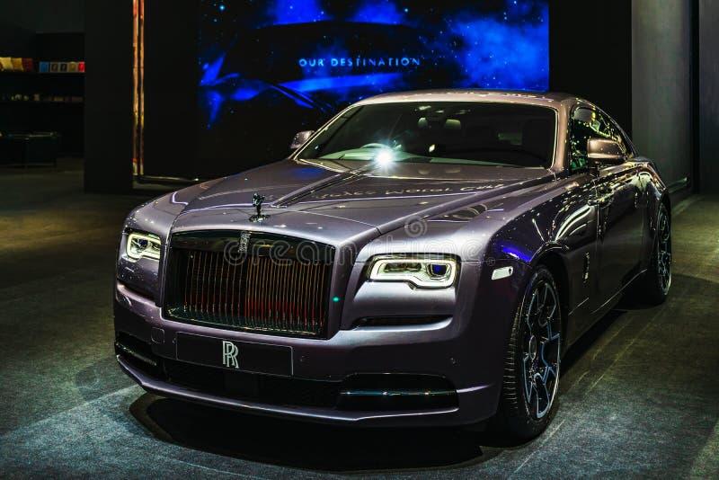 Bangkok, Tailandia - 31 de marzo de 2019: Coche de lujo manufacturado por los coches de motor de Rolls Royce en la exhibición en foto de archivo