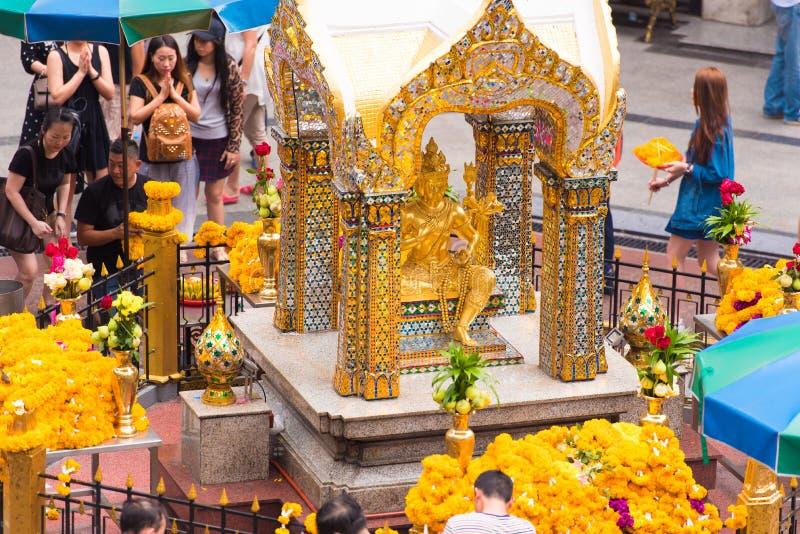 BANGKOK, TAILANDIA - 28 DE NOVIEMBRE DE 2016: Estatua de cuatro Brahma imagenes de archivo