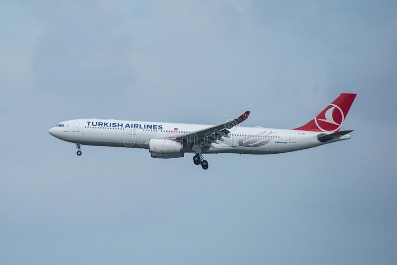 Bangkok, Tailandia, el 12 de agosto de 2018: Registro de Turkish Airlines No TC-J imágenes de archivo libres de regalías