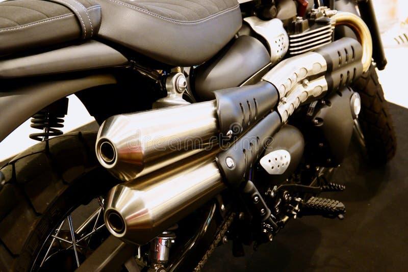 Bangkok, Tailandia 12 maggio 2019: Il motociclo di trionfo del dettaglio-Un della bici del motore ? stato indicato nel negozio de immagini stock libere da diritti