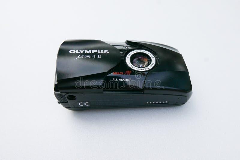 Bangkok, Tajlandia, Grudzień/- 15 2017: czarny ekranowy kamery ` Mju II ` Olympus odizolowywał na białym tle fotografia stock