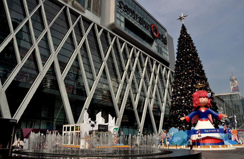 Bangkok, Thaïlande : Affichage central de Noël du monde photos libres de droits