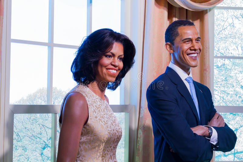 BANGKOK, THAÏLANDE - 19 DÉCEMBRE : Une figure de cire de Barack et de Michell photo stock