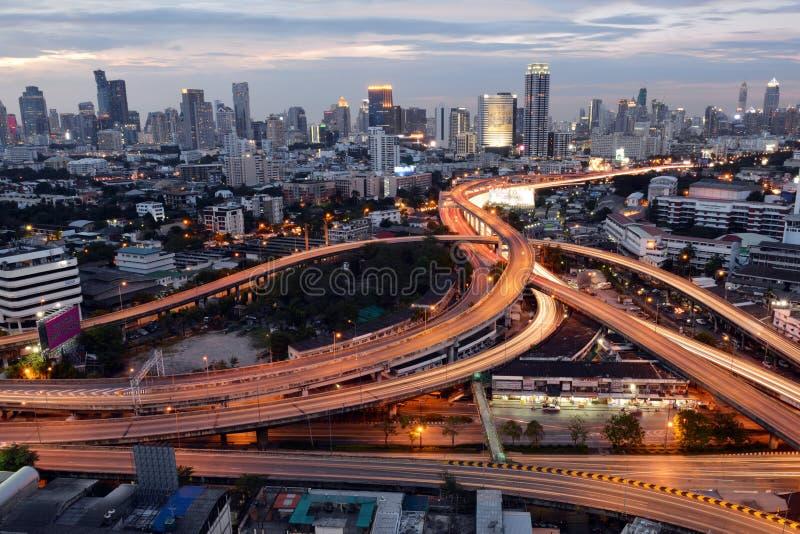 Bangkok, Thaïlande - 16 janvier 2016 : Horizon de Bangkok avec la ville photos stock