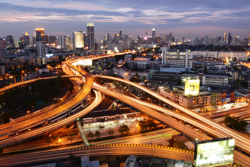 Bangkok, Thaïlande - 16 janvier 2016 : Horizon de Bangkok avec la ville images stock