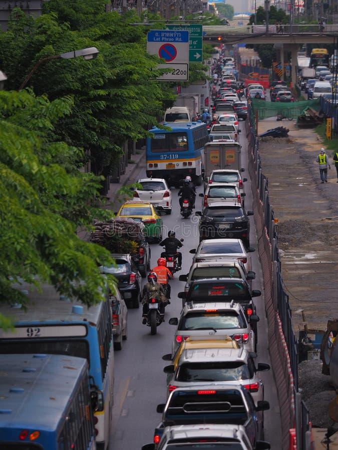 Bangkok, Thaïlande Le 26 mai 2018 situation du trafic pendant dessous images stock