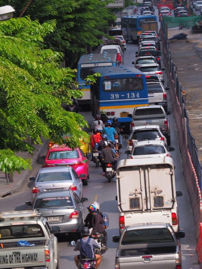 Bangkok, Thaïlande Le 26 mai 2018 situation du trafic pendant dessous photo libre de droits