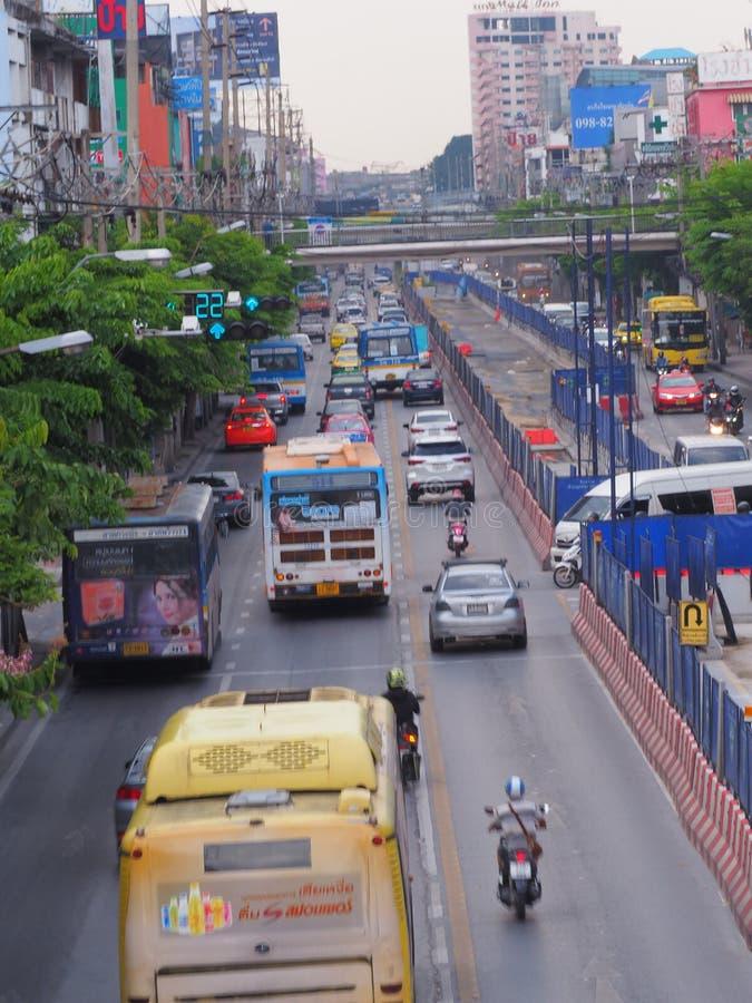 Bangkok, Thaïlande Le 26 mai 2018 situation du trafic pendant dessous photographie stock libre de droits