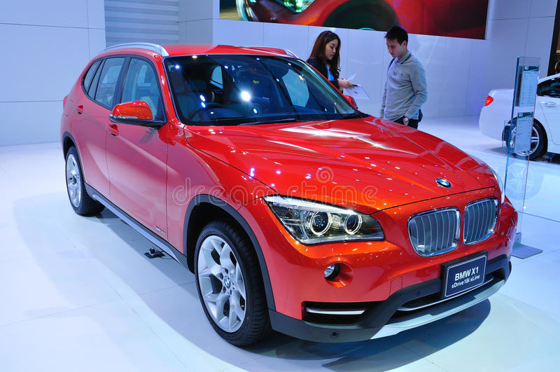 BANGKOK, THAÏLANDE - 30 MARS : BMW X1 montré au Ba photos libres de droits