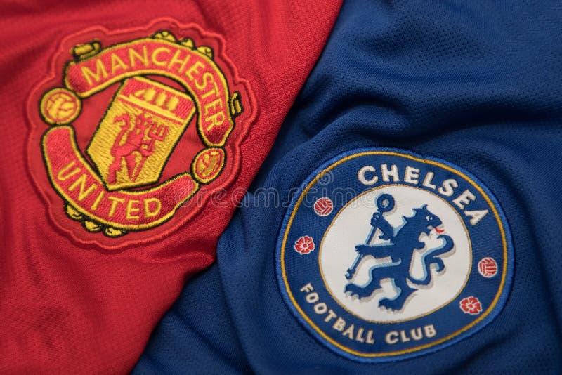 BANGKOK, THAÏLANDE - 23 OCTOBRE : Le logo de Chelsea et de Manchest photo stock