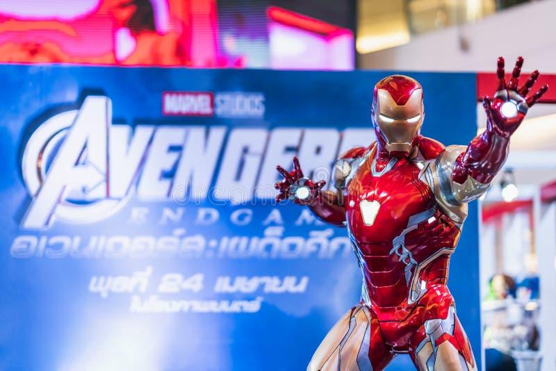 Bangkok Thailand - April 25, 2019: I naturlig storlek Iron Man modellshow i bås för hämnareEndgameutställning royaltyfri fotografi