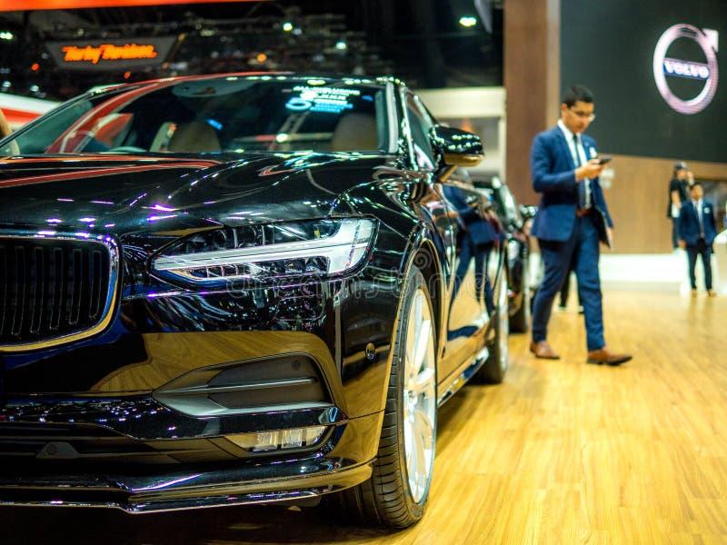 BANGKOK THAILAND - APRIL 6, 2018: Ny Volvo V60 bil under presentation i den 39th showen för Bangkok interanationalmotor Arina 201 royaltyfri foto