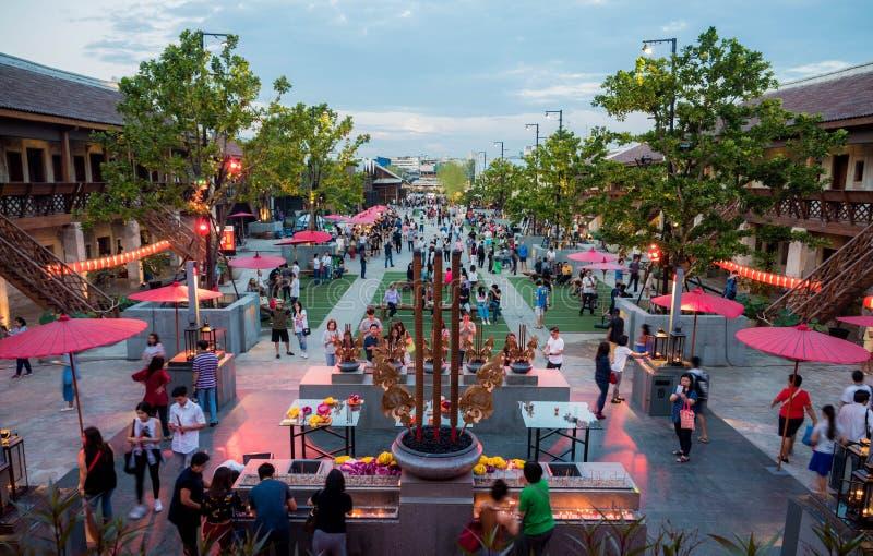 BANGKOK, THAILAND - DECEMBER 30, 2017: Nieuw traditioneel oriëntatiepunt en oude de bouw Chinese stijl in Bangkok, Architectuur b stock fotografie