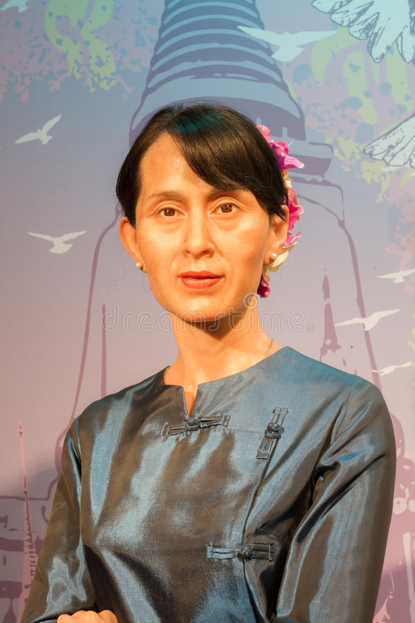 BANGKOK, THAILAND - DECEMBER 19: Wascijfer van beroemde Aung S stock afbeeldingen