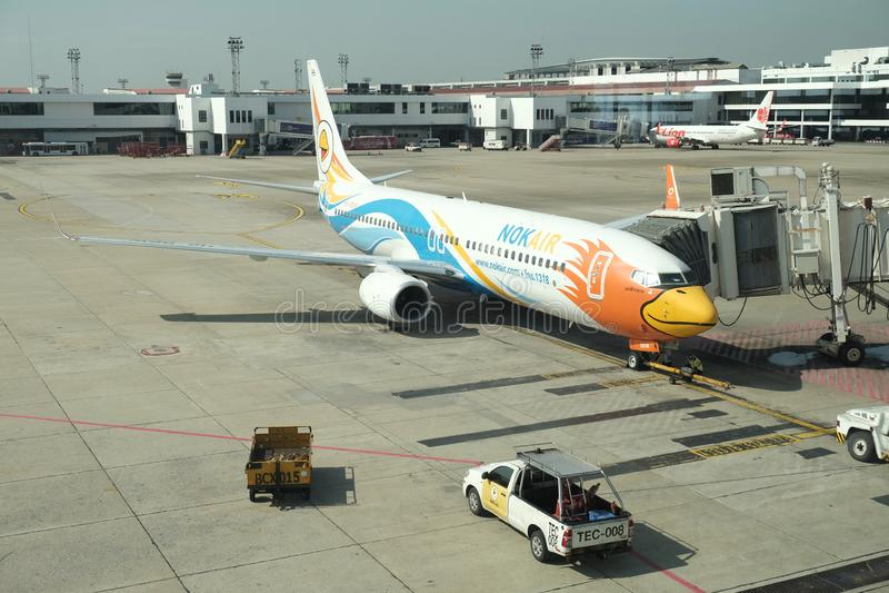 BANGKOK, THAILAND - 13. Dezember 2018: Die Fluglinie NOK-Luft bei Dong Muang Airport lokale Wege in Thailand stockbilder
