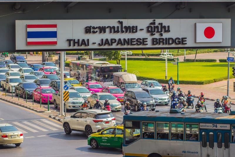 Bangkok, Thailand - 21. Februar 2017: Schwer Verkehrsstau am Th stockbilder