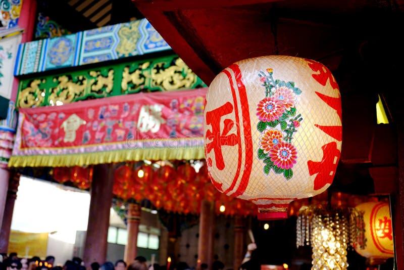 Bangkok, Thailand - Februari 2018: Chinese lamp in tempel in Chinees Nieuwjaar royalty-vrije stock afbeelding