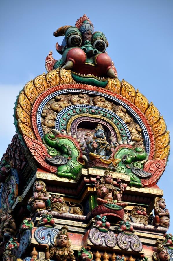 Bangkok, Thailand: Hinduistischer Tempel-Kontrollturm lizenzfreies stockbild